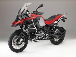 P90189378-bmw-r-1200-gs-adventure-racing-red-non-metallic-matt-07-2015-599px