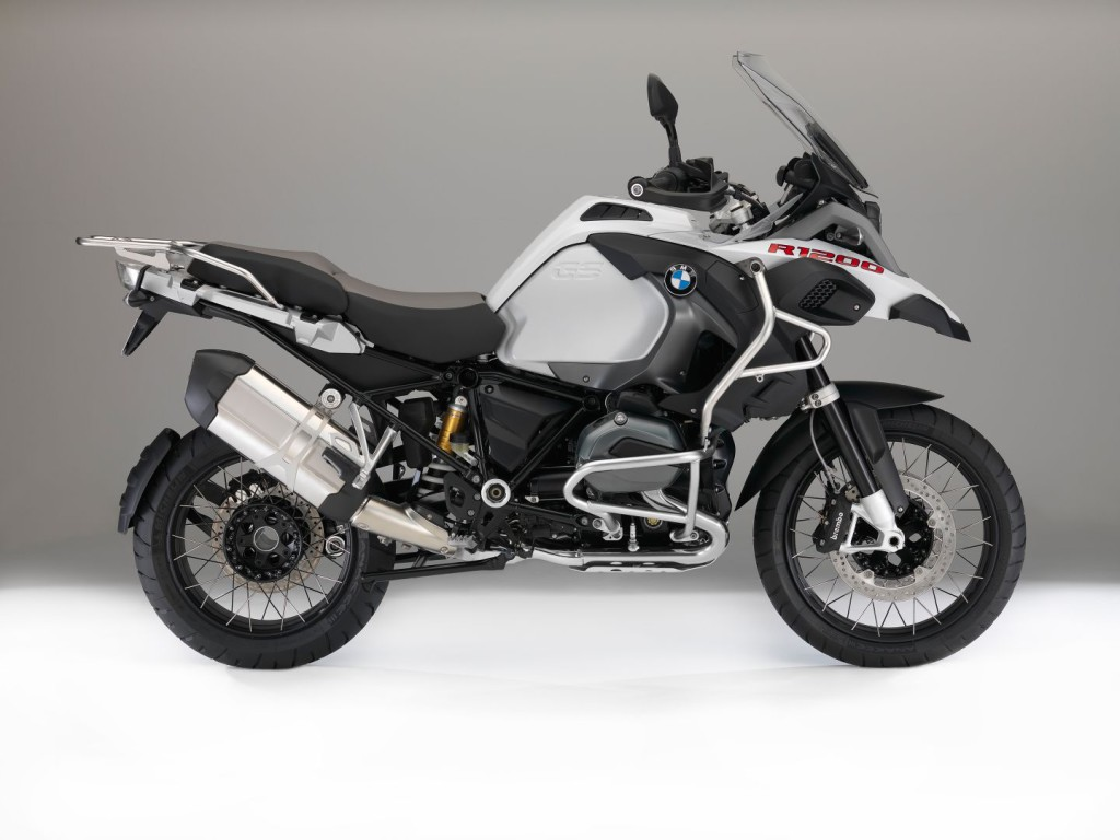 bmw-motorcycles-get-upgraded-colors-and-new-features-for-2016-photo-gallery_25